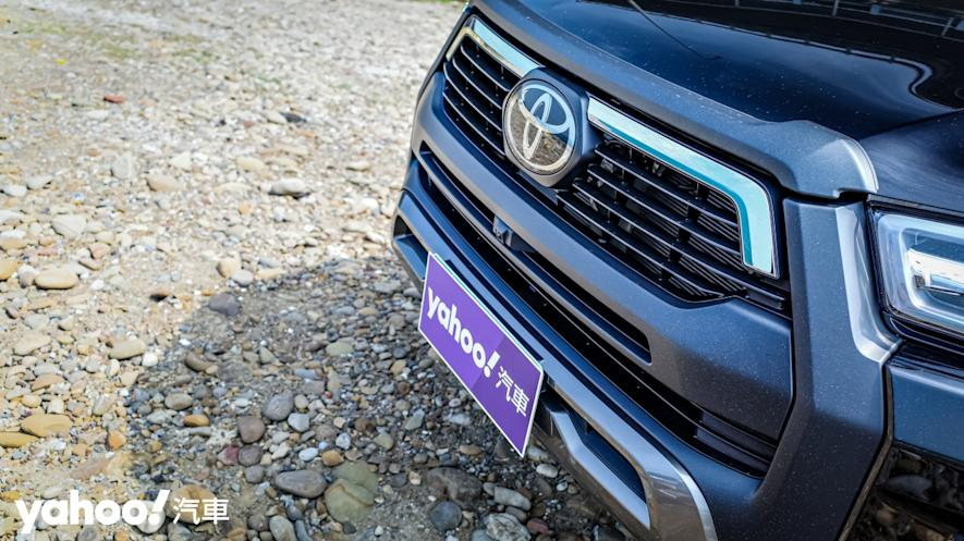 萬鈞之勢要輾壓的不只是惡地!2020 Toyota Hilux 2.8小改款西岸濱海試駕! - 7