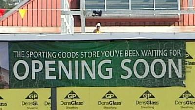 New Restaurant, Store Coming To Mall