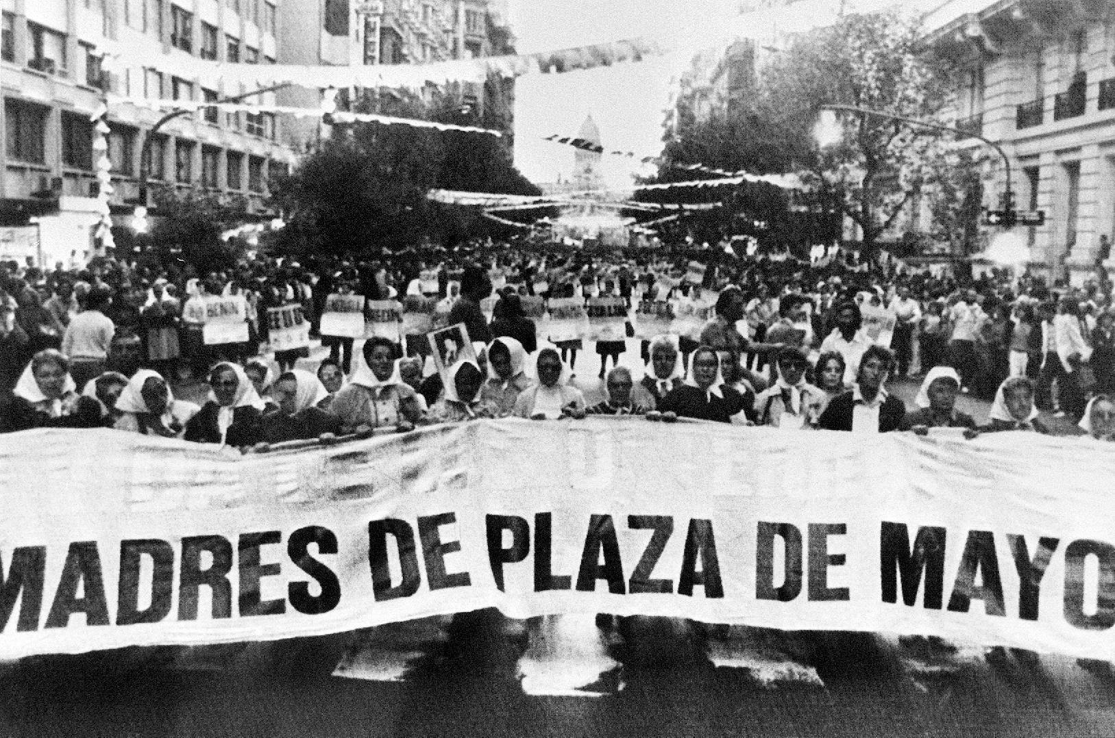 The Mothers of the Plaza de Mayo protest in March 1985 in Buenos Aires to demand answers on the fate of the 30,000 people who disappeared during the 1976-1983 dictatorship (AFP Photo/)