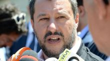 "Decreti Sicurezza, Salvini: ""Modifica? Pronto a denunciare Lamorgese"""
