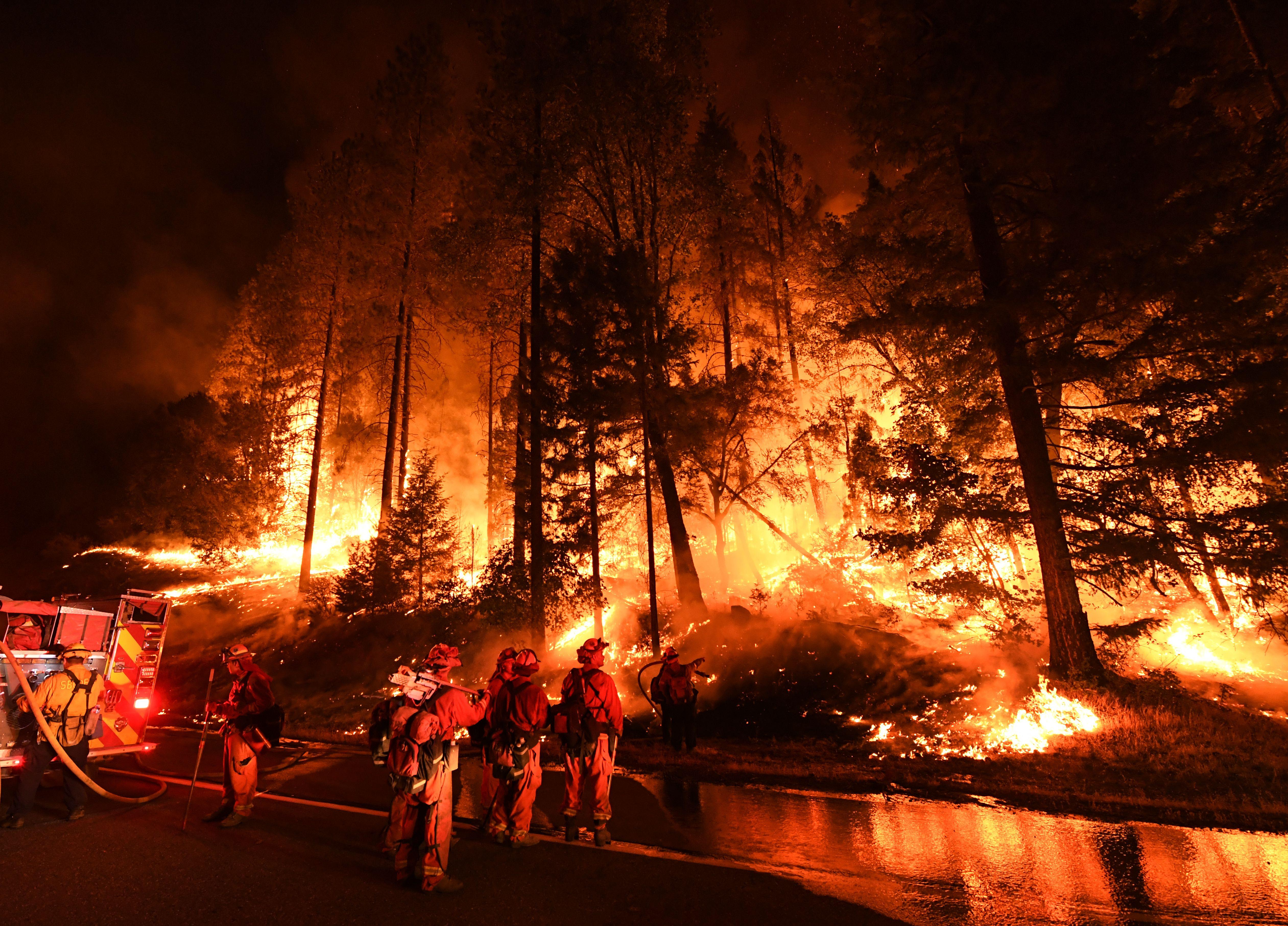 climate change and the california wildfires In a warming california, a future of more fire the recent cycle of drought and deluge in california led to major fire risk climate change makes that cycle worse.