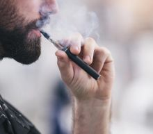 Vaping deaths: New York bans flavoured e-cigarettes after 'epidemic'