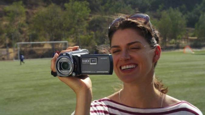 Sony saca a relucir su pasarela de videocámaras Handycam para el 2014