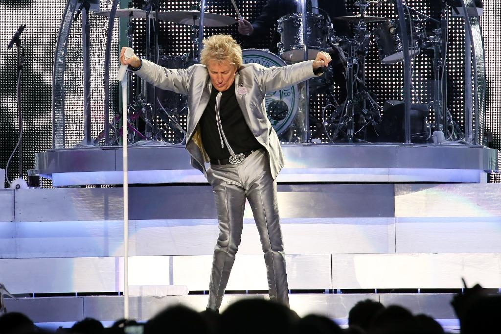 Rod Stewart performs on stage at Madison Square Garden on December 9, 2013 in New York, New York
