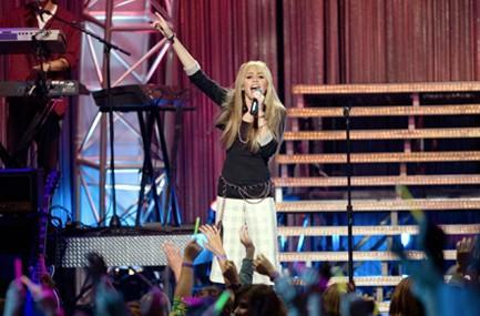 Hannah Montana/Miley Cyrus 3D coming to Starz HD July 26