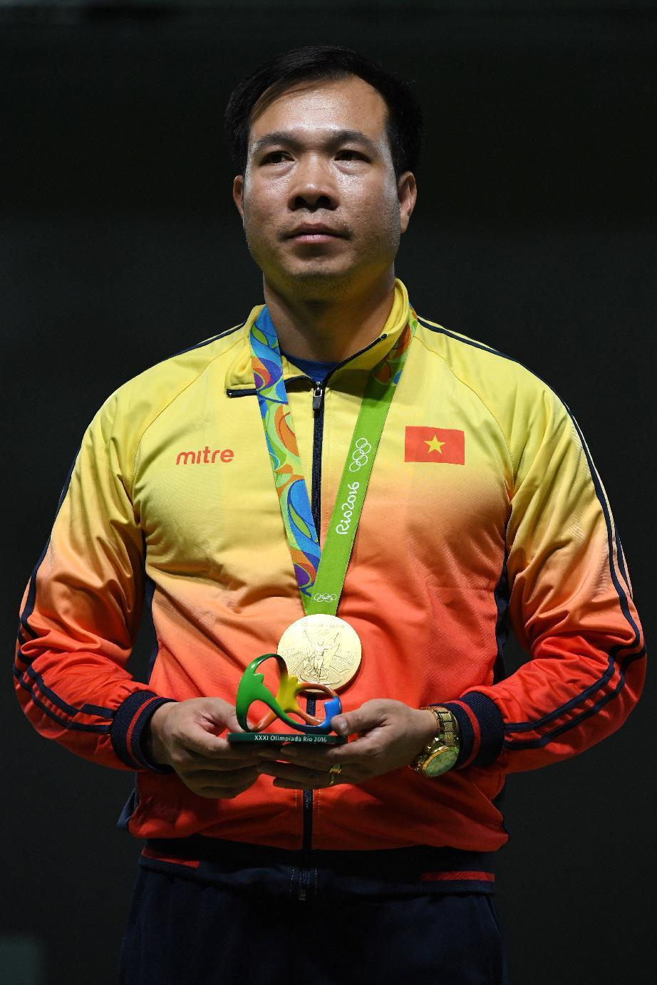Olympics - Vietnamese rejoice at first Olympic gold