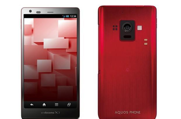 The first smartphone with a low-power IGZO display: the 4.9-inch Sharp Aquos Phone Zeta SH-02E