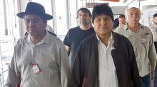 Evo Morales no puede hablar de la política de Bolivia en la Argentina... entonces tuitea