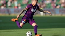 Four-goal Keogh leads Glory past Wanderers