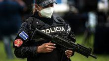 Zehn Leichen bei Ex-Polizisten in El Salvador ausgegraben