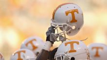 Tennessee promotes Larry Scott to offensive coordinator