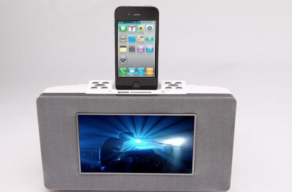 Chinon's Avi Stylix iPod / iPhone docking station packs 7-inch LCD, streams Netflix*