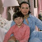 Inside Gloria Vanderbilt Complicated Relationships with Her Sons