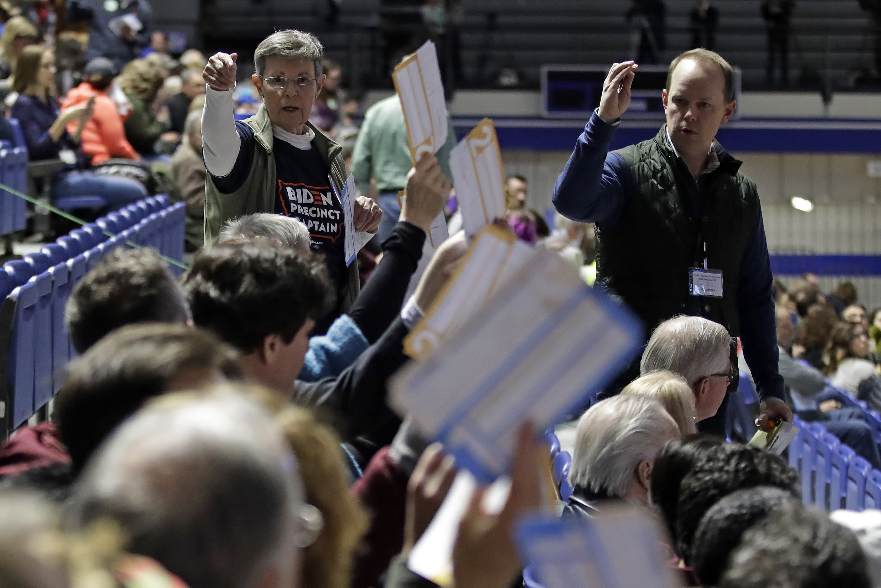 Candidates Give Victory Speeches in Iowa As Results Are Delayed