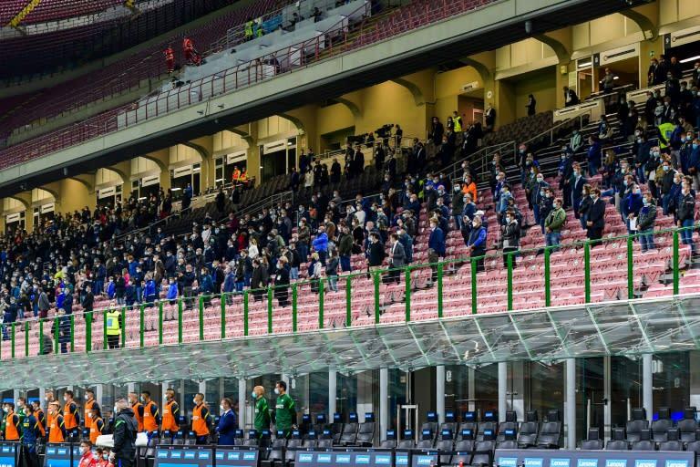 Italy 'closes door' on gradual reopening of stadiums amid virus threat