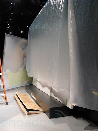 Panasonic's Lifewall plasma: the biggest thing to be announced at CES