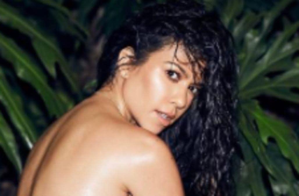 Kourtney Kardashian Posts Steamy Shot with Scott Disick