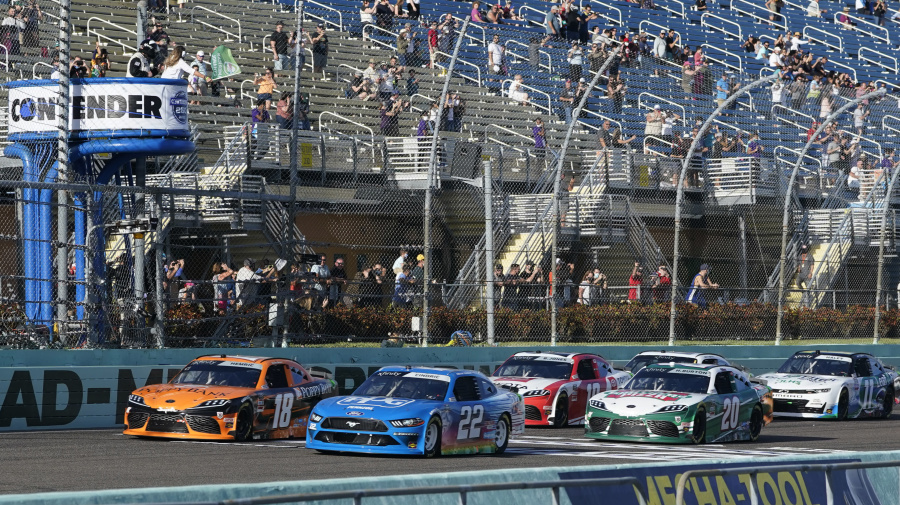 Snider wins at Homestead after Gragson slams into lapped car