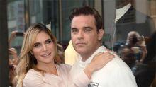 La mujer de Robbie Williams le regaló 'una granja de marihuana' por su aniversario