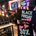 Shoppers browse stores, buy online as Black Friday deals beckon