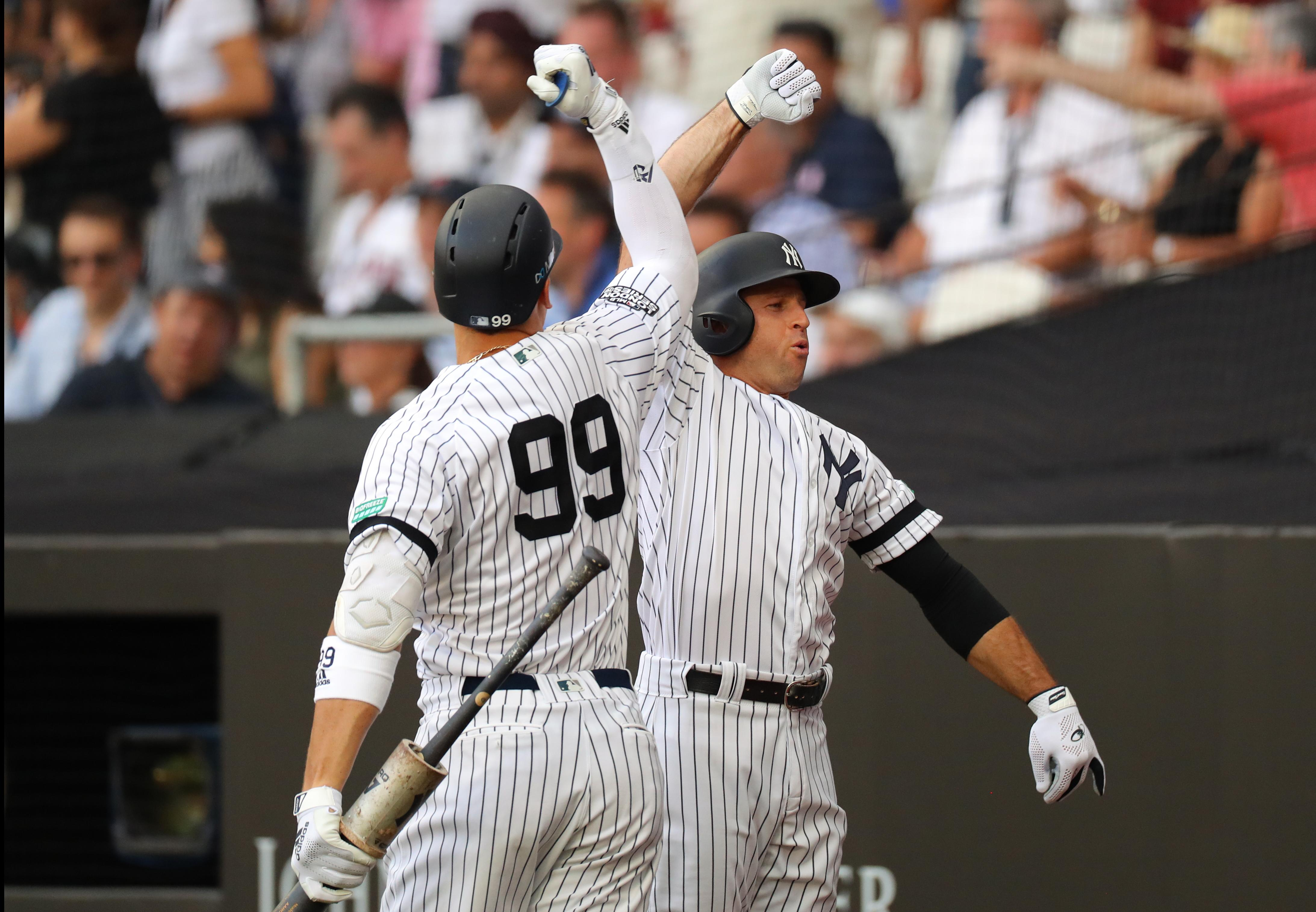 Yankees Red Sox Open London Series With Lots Of Offense