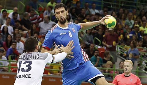 Handball: Tönnesen wechselt zu KC Veszprem - Füchse holen Kopljar