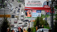 Navalny supporters in Siberia attacked with unknown liquid