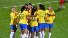 CBF acerta com Escola de Futebol Feminino, iniciativa importante para profissionalização