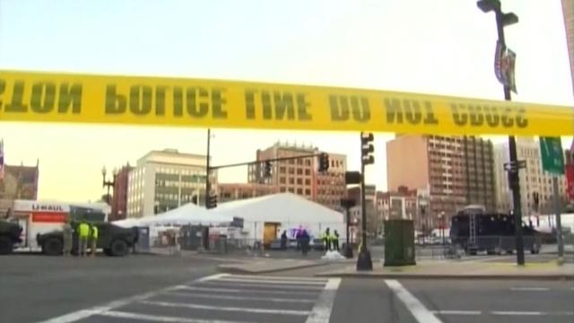 Investigators hunt clues in deadly Boston blasts