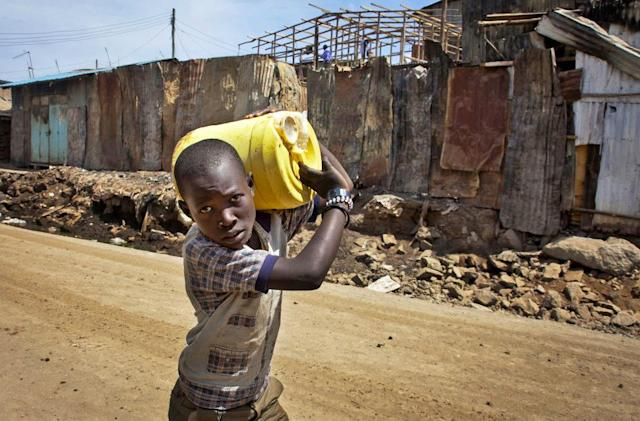 Kenyan slums dispense clean drinking water through ATMs