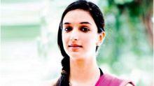 #MeToo: After Chetan Bhagat's tweets, Ira Trivedi releases mail trail