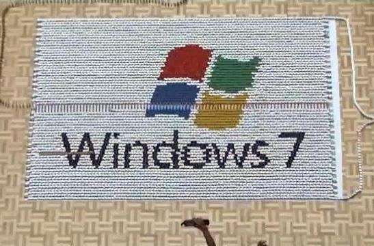 Windows 7 receives 7,000 domino salute (video)