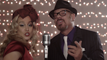 Video premiere: Kellie Pickler and Phil Vassar team up for Christmas 'Naughty List'