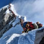 10th death in 2 months reported on Mount Everest amid long wait times to descend