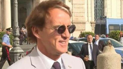 """Mancini augura buon lavoro al """"capitano d'Italia"""" Mario Draghi"""