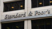 S&P y Fitch rebajan calificación de bonos de Argentina a default