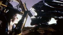 Xenomorphs Exposed! James Cameron, Sigourney Weaver, and Cast Reveal Secrets of 'Aliens'