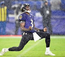 Ravens waive 4 players, including QB Robert Griffin III