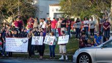 Estudiantes supervivientes de Parkland publican un libro sobre la masacre