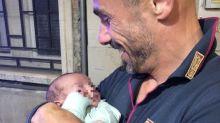 Bimbo abbandonato a Brescia, trovata la mamma: ha altri 5 figli