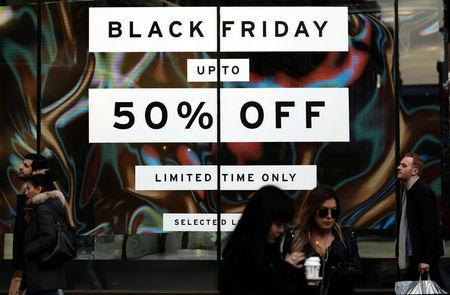 Europe S Retailers Tempt Shoppers With Black Friday Deals