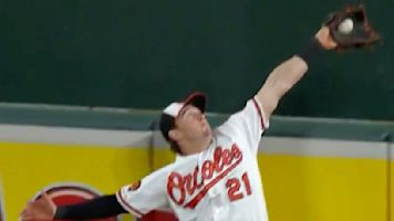 Orioles OF steals homer from Vlad Guerrero Jr.