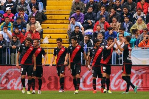 Jugadores del Rayo Vallecano ante el Málaga el 3 de noviembre de 2012
