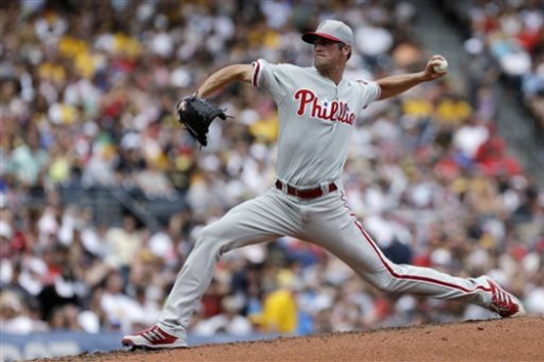 Hamels outpitches Cole, Phillies beat Pirates