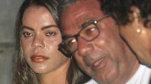 Pai de Anitta assume namoro no Carnaval: 'Relacionamento bem leve'