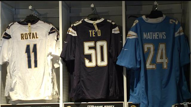 Fans Gear Up For Chargers Playoff Game