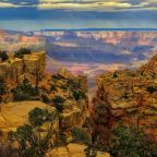 Woman dies while hiking Grand Canyon in 115 degree heat