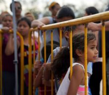 U.S. to admit asylum seekers from hard-hit camp at Texas border