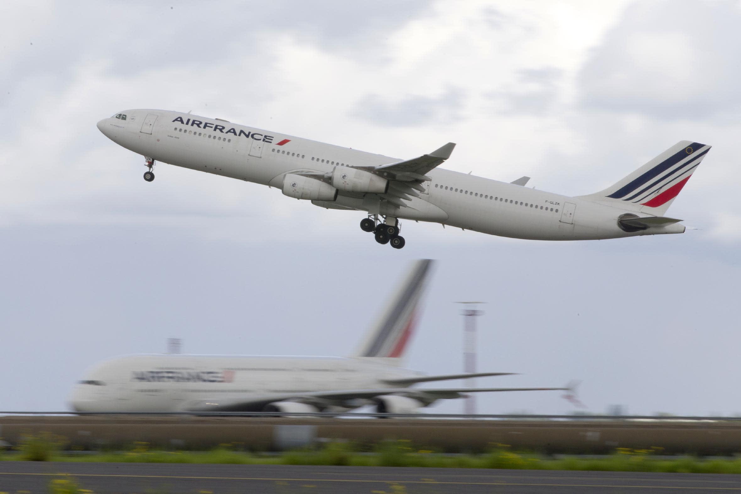 Job cuts likely at Air France-KLM despite cheap oil