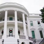 White House plans holiday parties as Americans urged to stay home